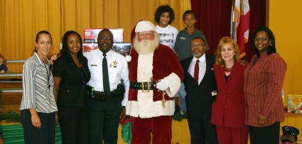 KIDS READ 10,000 BOOKS FOR HOLIDAY READINGCONTEST